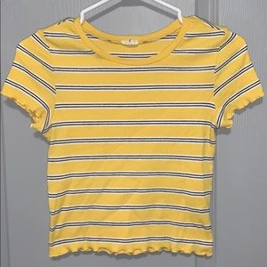 Yellow, b&w stripped lettuce hem t-shirt